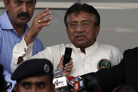 Pakistan's former President, Pervez Musharraf, addresses his supporters after his arrival from Dubai at Jinnah International airport in Karachi March 24, 2013. REUTERS/Akhtar Soomro