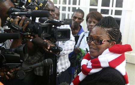 Zimbabwe's Lawyers For Human Rights (ZLHR) Board Member Beatrice Mtetwa speaks to the media outside the High Court after she was granted a $500 bail in Harare March 25, 2013. REUTERS/Philimon Bulawayo
