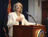 Arizona Governor Jan Brewer addresses the media in Phoenix, Arizona, June 25, 2012. REUTERS/Darryl Webb