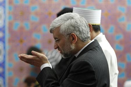 Iran's chief negotiator Saeed Jalili prays at a mosque in Almaty April 5, 2013. REUTERS/Shamil Zhumatov