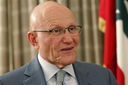 Newly elected Lebanese Prime Minister Tammam Salam speaks during an interview with Reuters at his home in Beirut April 7, 2013. REUTERS/ Jamal Saidi