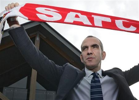 Sunderland's coach Paolo Di Canio poses for photographs during a media conference at the football club's training academy in Sunderland, northern England April 2, 2013. REUTERS/Nigel Roddis