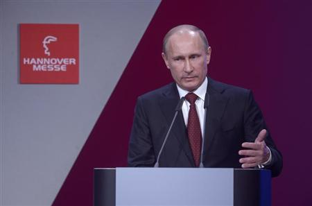 Russian President Vladimir Putin makes a speech during the official opening of the Hanover Messe, industrial trade fair, in Hanover April 7, 2013. REUTERS/Fabian Bimmer