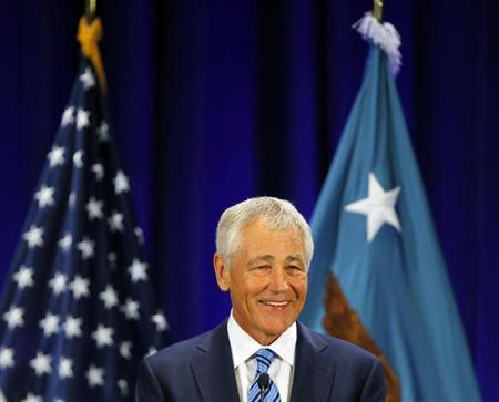 U.S. Secretary of Defense Chuck Hagel gives a speech on fiscal defense spending at Ft. McNair in Washington April 3, 2013. REUTERS/Gary Cameron