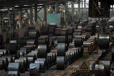 Le chinois Baoshan Iron and Steel (Baosteel) négocie avec Mechel en vue d'acquérir 25% de la filiale minière du producteur russe d'acier et de charbon à coke, a rapporté mercredi le journal Vedomosti. L'ensemble de la filiale pourrait être évalué à cinq milliards de dollars (3,8 milliards de dollars). /Photo d'archives/REUTERS/Aly Song