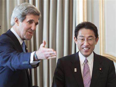 US Secretary of State John Kerry (L) and Japan's Foreign Minister Fumio Kishida greet each at before the G8 foreign ministers' meeting in London April 10, 2013. REUTERS/Paul J. Richards/POOL