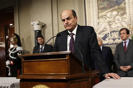 Italy's PD (Democratic Party) leader Pierluigi Bersani speaks during a news conference following a meeting with Italian President Giorgio Napolitano at the Quirinale Presidential palace in Rome March 28, 2013. REUTERS/Tony Gentile
