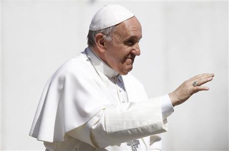 Pope Francis waves as he leads the weekly audience in Saint Peter's Square at the Vatican April 10, 2013. REUTERS/Giampiero Sposito