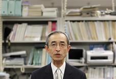Bank of Tokyo-Mitsubishi UFJ's (BTMU) Nobuyuki Hirano speaks during news conference at the Bank of Japan in Tokyo January 30, 2012. REUTERS/Toru Hanai