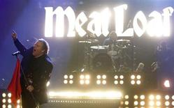 "U.S. singer Meat Loaf performs during the German game show ""Wetten Dass"" (Bet it...?) in the southern German town of Friedrichshafen December 3, 2011. REUTERS/Arnd Wiegmann"
