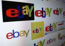Le chiffre d'affaires d'eBay a augmenté de 14% au premier trimestre, à la faveur de la hausse du nombre de clients faisant des achats sur ses sites d'enchères en ligne et d'une plus grande utilisation de son système de paiement PayPal. /Photo prise le 16 avril 2013/REUTERS/Mike Blake