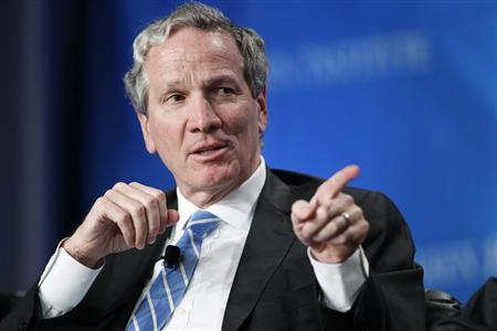Alan Schwartz, executive chairman of Guggenheim Partners, takes part in a panel discussion titled ''The Entertainment Industry: A Billion Ideas in Search of an Audience'' at the Milken Institute Global Conference in Beverly Hills, California in this May 2, 2012 file photo. REUTERS/Danny Moloshok/Files
