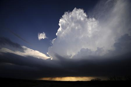 A supercell storm west of Newcastle, Texas tries to build up strength April 9, 2013. REUTERS/Gene Blevins