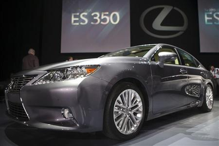 The Lexus ES350 is seen at the car's unveiling during the 2012 New York International Auto Show at the Javits Center in New York, April 4, 2012. REUTERS/Andrew Burton