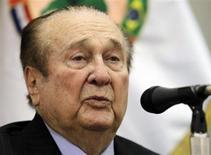 Nicolás Leoz, presidente da Conmebol, fala durante coletiva de imprensa em Assunção. Leoz anunciou na terça-feira a sua demissão do comitê-executivo da Fifa por motivos de saúde. 23/04/2013 REUTERS/Jorge Adorno