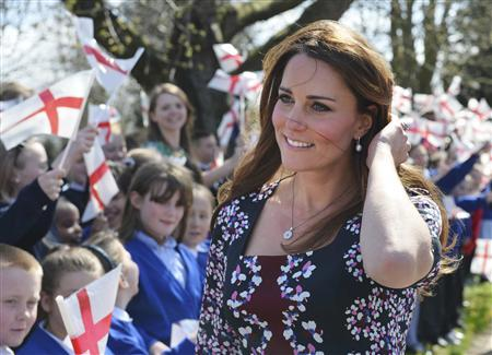 Britain's Catherine, Duchess of Cambridge arrives to visit The Willows Primary School in the Wythenshawe district near Manchester, northwest England on April 23, 2013. REUTERS/Paul Ellis/POOL