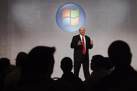 Microsoft CEO Steve Ballmer speaks about the upcoming release of Microsoft's new operating system, Windows 7, in Toronto, October 21, 2009. REUTERS/Mark Blinch