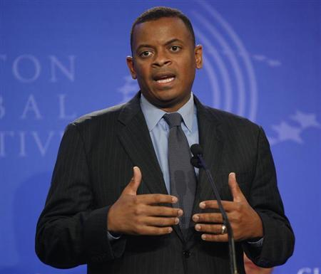 Mayor Anthony Foxx, announces a public-private partnership with Duke Energy, to use better technology to make Charlotte, NC, more energy efficient, at the Clinton Global Initiative in New York, September 23, 2010. (file photo) REUTERS/Chip East