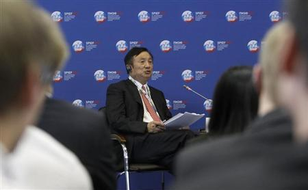 Huawei Chief Executive Ren Zhengfei takes part in a discussion meeting at the St. Petersburg International Economic Forum in St. Petersburg June 22, 2012. REUTERS/Sergei Karpukhin