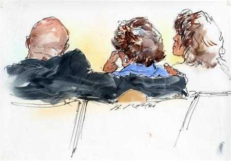 Katherine Jackson (C), mother of late pop star Michael Jackson, is pictured in a courtroom sketch during testimony with Randy Jackson (L) and Rebbie Jackson at her sides in the courtroom at her civil suit against concert promoter AEG Live in Los Angeles April 29, 2013. REUTERS/Bill Robles