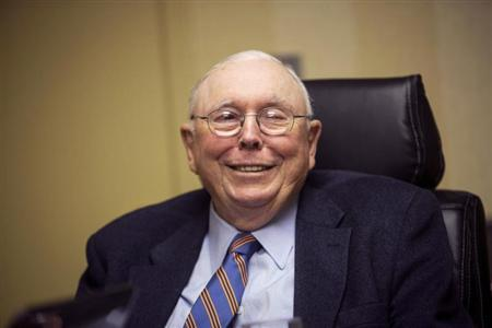 Vice-Chairman of Berkshire Hathaway Corporation Charlie Munger speaks to Reuters during an interview in Omaha, Nebraska May 3, 2013. REUTERS/Lane Hickenbottom