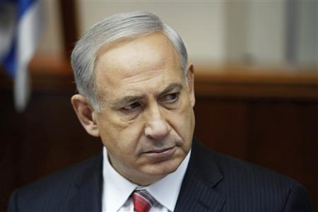 Israel's Prime Minister Benjamin Netanyahu attends the weekly cabinet meeting in Jerusalem April 21, 2013. REUTERS/Gali Tibbon/Pool