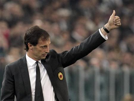 AC Milan coach Massimiliano Allegri gestures during the match against Juventus during their Serie A soccer match at Juventus stadium in Turin April 21, 2013. REUTERS/Alessandro Garofalo
