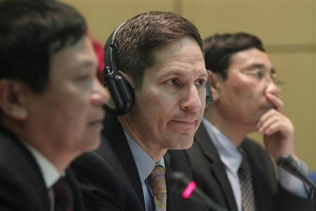 Director of the U.S. Centers for Disease Control and Prevention (CDC) Thomas Frieden (C) attends a seminar entitled ''The Increasing Importance of Chronic Diseases in Asia'' at Hanoi Medical University November 14, 2012. REUTERS/Kham