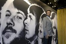 Ex-integrante do grupo sueco ABBA Bjorn Ulvaeus é fotografado durante visita da imprensa à exposição permanente do ABBA no hall da fama da música pop sueca, em Estocolmo. 06/05/2013 REUTERS/Janerik Hanriksson/Scanpix Sweden