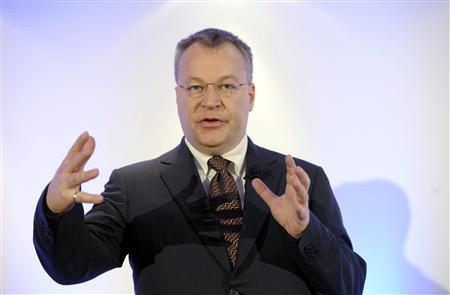 Nokia's Chief Executive Stephen Elop gestures at a news conference prior to the Annual General Meeting of Nokia Corporation in Helsinki May 7, 2013. REUTERS/Markku Ulander/Lehtikuva