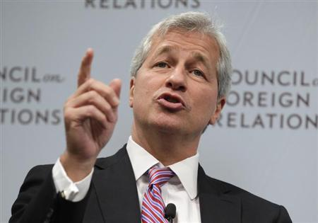 JPMorgan Chase & Co CEO Jamie Dimon speaks about the state of the global economy at a forum hosted by the Council on Foreign Relations (CFR) in Washington October 10, 2012. REUTERS/Yuri Gripas/Files