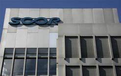 Le groupe de réassurance Scor annonce un résultat net en hausse de près de 7% au cours du premier trimestre 2013 et anticipe pour l'ensemble de l'exercice un chiffre d'affaires supérieur à 10 milliards d'euros. /Photo d'archives/REUTERS/Christian Hartmann