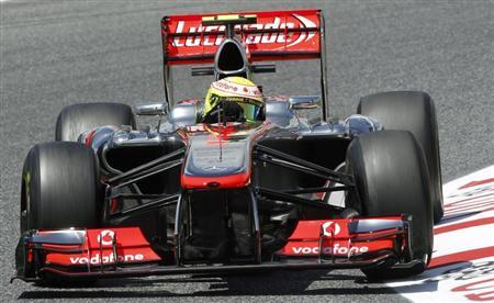 McLaren Formula One driver Sergio Perez of Mexico drives during the second practice session of the Spanish F1 Grand Prix at the Circuit de Catalunya in Montmelo, near Barcelona May 10, 2013. REUTERS/Albert Gea