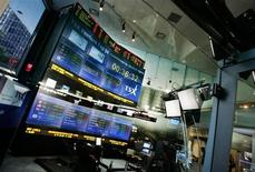 A general view of the TSX (Toronto Stock Exchange) Broadcast Centre in Toronto June 20, 2008. REUTERS/Mark Blinch