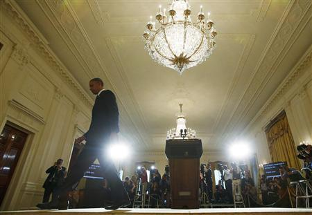 U.S. President Barack Obama leaves the stage after delivering a statement on the IRS scandal in the East Room of the White House in Washington, May 15, 2013. REUTERS/Kevin Lamarque