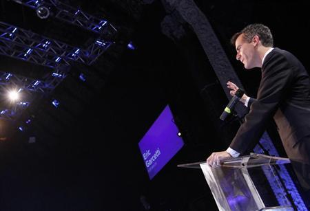 Los Angeles mayoral candidate Eric Garcetti speaks during an election night party at Avalon night club in Hollywood, California, March 5, 2013. REUTERS/Jonathan Alcorn