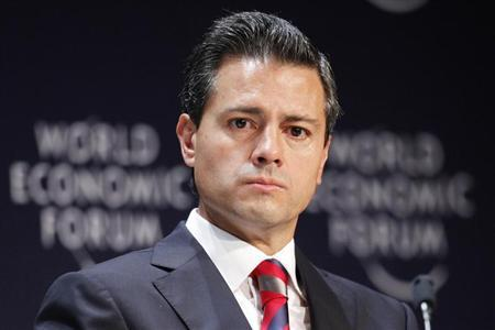 Mexico's President Enrique Pena Nieto attends the inauguration of the World Economic Forum on Latin America in Lima, April 24, 2013. REUTERS/Enrique Castro-Mendivil