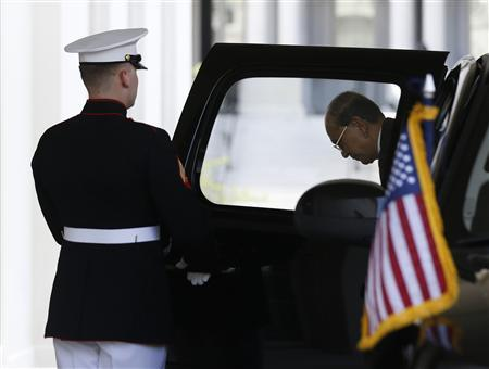 Myanmar's President Thein Sein arrives at the West Wing of the White House for a meeting with U.S. President Barack Obama in Washington, May 20, 2013. REUTERS/Jason Reed