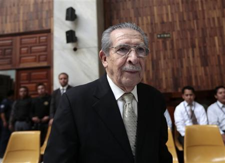 Former Guatemalan dictator Efrain Rios Montt enters in the Supreme Court of Justice on the sixth day of his trial in Guatemala City, March 26, 2013. REUTERS/Jorge Dan Lopez