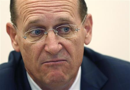 Delta Chief Executive Richard Anderson is seen during an interview in New York May 22, 2013. REUTERS/Shannon Stapleton