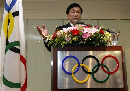 Wu Ching-kuo, an executive board member of the International Olympic Committee (IOC), speaks during a news conference in Taipei May 23, 2013. REUTERS/Pichi Chuang