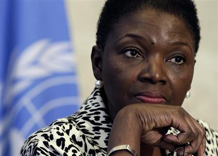 Valerie Amos, Under-Secretary-General and Emergency Relief Coordinator at the United Nations Office for the Coordination of Humanitarian Affairs (OCHA), pauses during a news conference after the seventh Syrian Humanitarian Forum at the United Nations European headquarters in Geneva February 19, 2013. REUTERS/Denis Balibouse