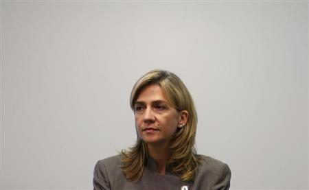 Spain's Infanta Cristina attends a news conference in Mexico City September 7, 2009. REUTERS/Daniel Aguilar