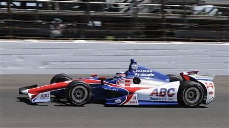 A.J. Foyt Enterprises driver Takuma Sato of Japan drives his race car on the track during the final practice session for the Indianapolis 500 at the Indianapolis Motor Speedway in Indianapolis, Indiana May 24, 2013. REUTERS/Larry Papke