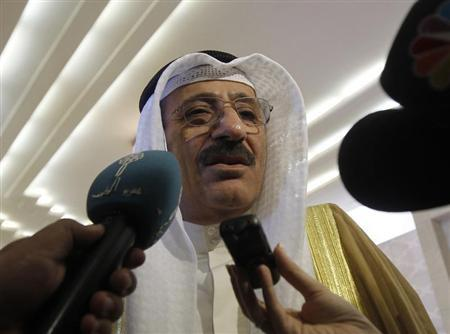 Kuwaiti Oil Minister Hani Hussein speaks to the media upon arriving at the Gulf Cooperation Council (GCC) Oil Ministers meeting in Riyadh October 9, 2012. REUTERS/Fahad Shadeed