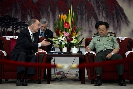 U.S. National Security Adviser Tom Donilon (L) speaks with General Fan Changlong, vice chairman of China's Central Military Commission, during their meeting at the Bayi Building, headquarters of the Chinese Defence Ministry, in Beijing May 28, 2013. REUTERS/Alexander F. Yuan/Pool