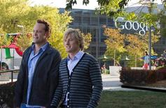 "Actors Vince Vaughn (L) and Owen Wilson are pictured on the set of ""The Internship"" a comedy set in Los Angeles and San Francisco in this handout provided by Twentieth Century Fox May 28, 2013. Phil Bray/Twentieth Century Fox/Handout via Reuters"