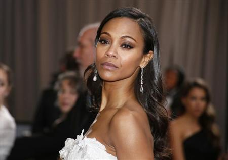 Actress Zoe Saldana arrivess at the 85th Academy Awards in Hollywood, California February 24, 2013. REUTERS/Lucy Nicholson