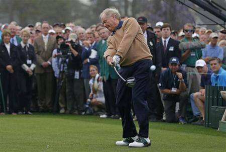 Jack Nicklaus of the U.S. hits his tee shot during the ceremonial start for the 2013 Masters golf tournament at the Augusta National Golf Club in Augusta, Georgia, April 11, 2013. REUTERS/Phil Noble