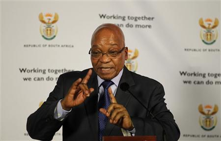 South Africa President Jacob Zuma gestures as he answers questions from journalists in Pretoria May 30, 2013. REUTERS/Siphiwe Sibeko